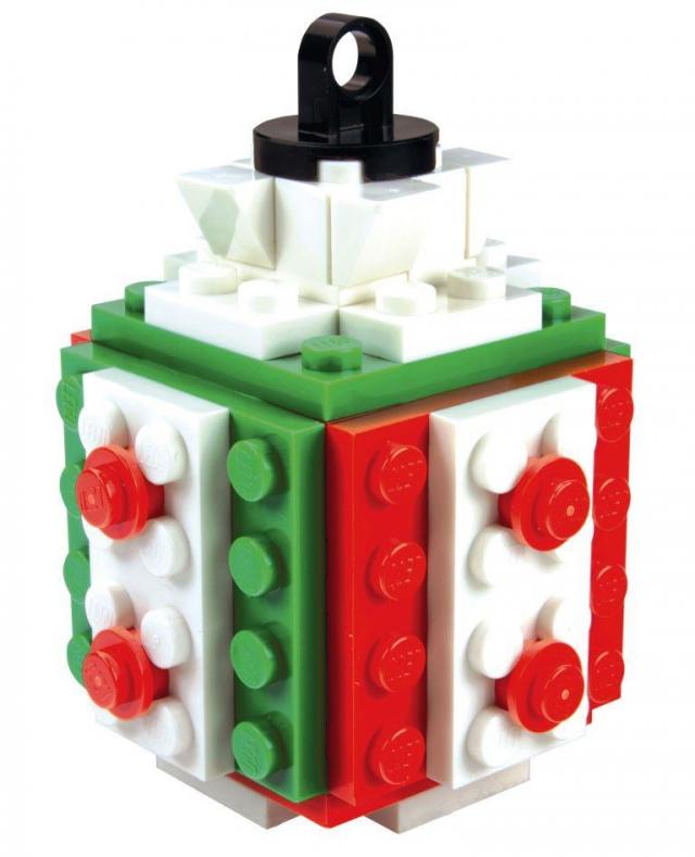 Přijďte přikrášlit gigantický vánoční strom z kostek Lego na Centrum Černý Most, foto Centrum Černý Most