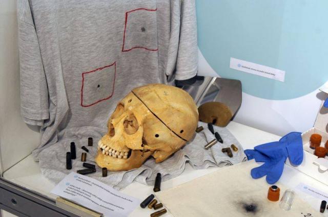 Zajímavě pojatá kriminalistická výstava vtáhne návštěvníky do řešení případů, foto Muzeum Policie ČR