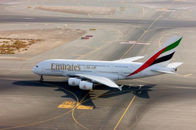 V nové sezóně se také dočkáme historicky první linky, která bude z Prahy pravidelně operována největším dopravním letadlem světa, Airbusem A380 s kapacitou 519 míst. Foto Emirates
