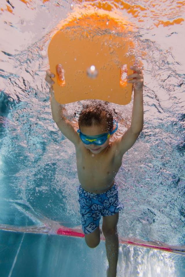 Aqua Sport Club nabízí v Plaveckém areálu Jedenáctka VS kurzy plavání pro děti i dospělé.