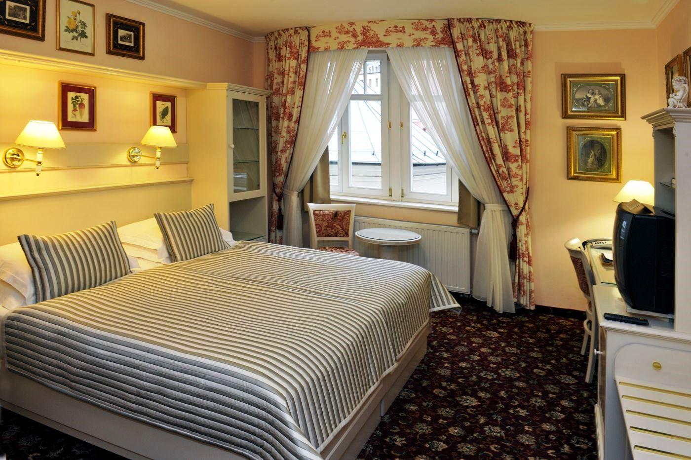 Lázeňský hotel Aura Palace – luxusní ubytování, dvoulůžkový pokoj