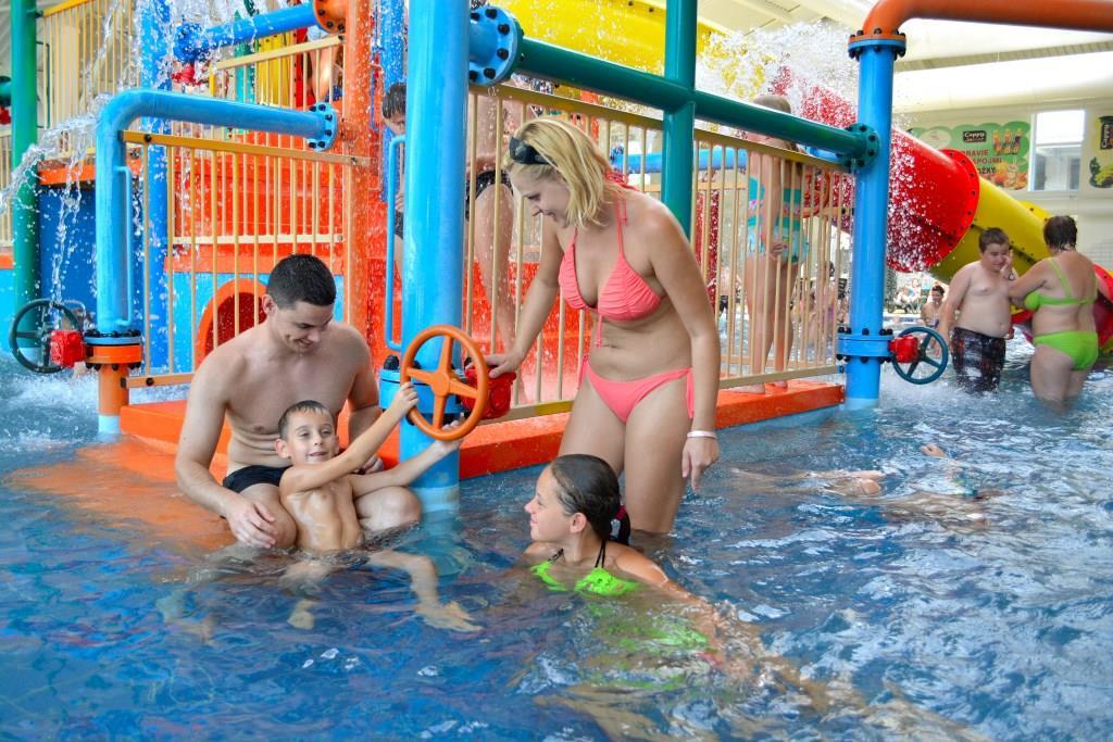 Krytý dětský bazén s hracími prvky, teplota vody 27-31°C