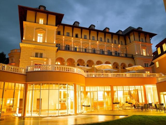 6denní lázeňský a wellness balíček v Hotelu Falkensteiner Grand MedSpa Marienbad