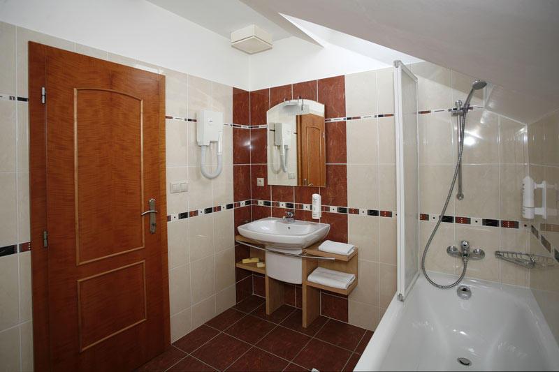 V hotelu Abácie si můžete vybrat ubytování v některém z 22 komfortně zařízených pokojů a dvou suites. Foto Hotel Abácie & Wellness