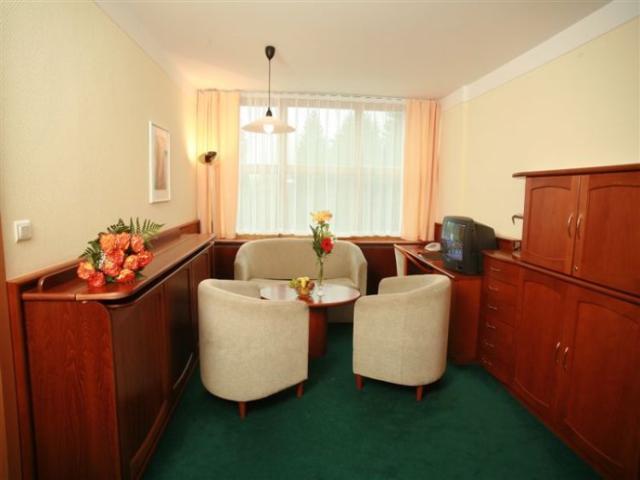 Ubytování v hotelu Nástup, foto hotel Nástup