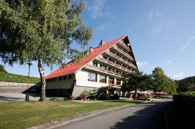Hotel I (hlavní budova)