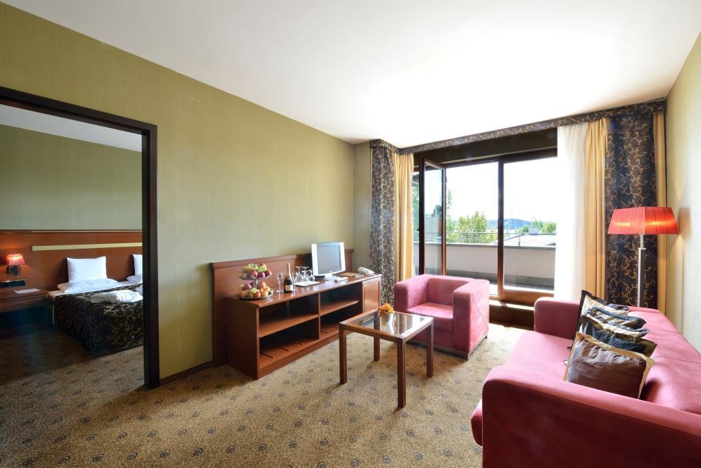 De Lux Suite - luxusní apartmán o ploše 65 m2 a panoramatickou vyhlídkou na jezero Balaton