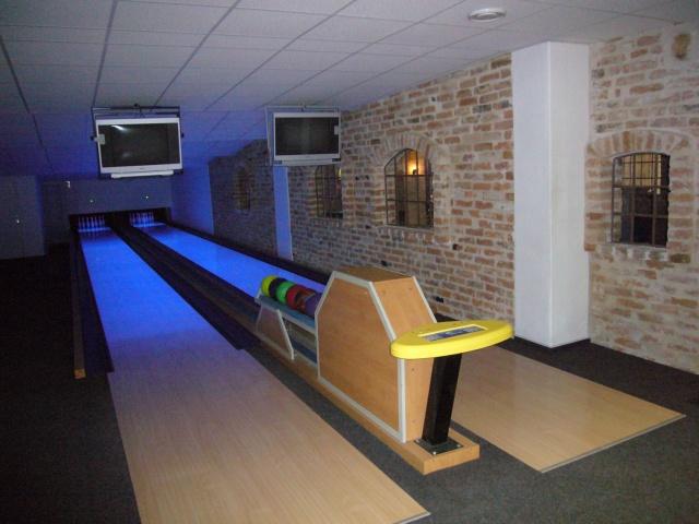 Hotel Staráá Škola: Najdete u nás 2 bowlingové dráhy