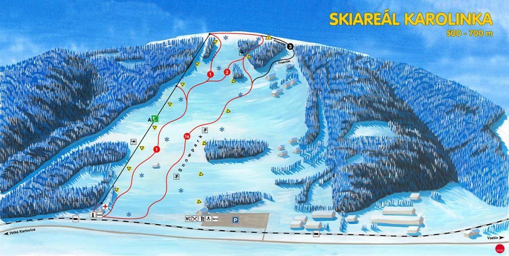 Skiareál Karolinka - při ubytování v Horském wellness hotelu Tatra zakoupíte na recepci celodenní skipass pro dospělé se slevou 30% mimo víkend a se slevou 10% o víkendu.