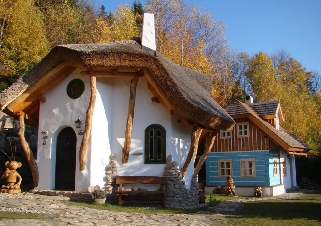Pohádková vesnička Podlesíčko, foto hotel Podlesí
