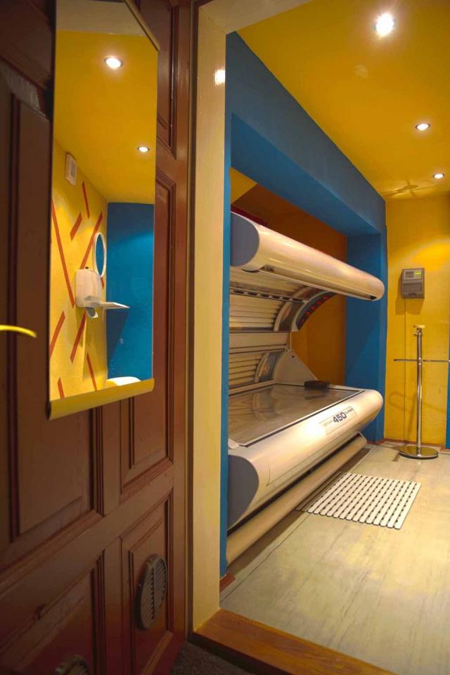 Aby byla naše nabídka relaxačních služeb téměř kompletní, vybavili jsme penzion moderním soláriem ERGOLINE 450.