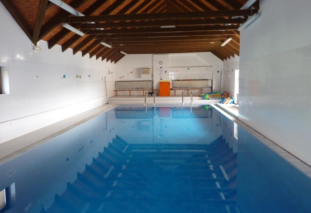 Penzion na Vysočině - krytý bazén 12 x 5 m se slanou vodou o teplotě 28°C