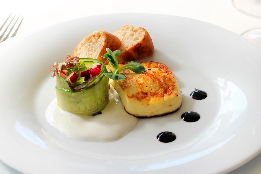 Předkrm bio sýr, zážitková gastronomie v Spa hotelu Lanterna, foto Spa hotel Lanterna