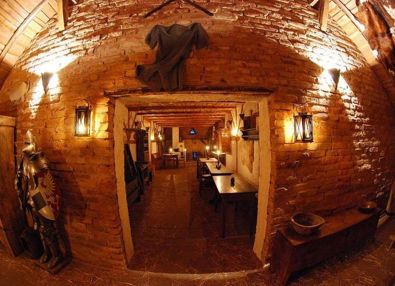 Středověký hotel Dětenice, foto Zámecký resort Dětenice