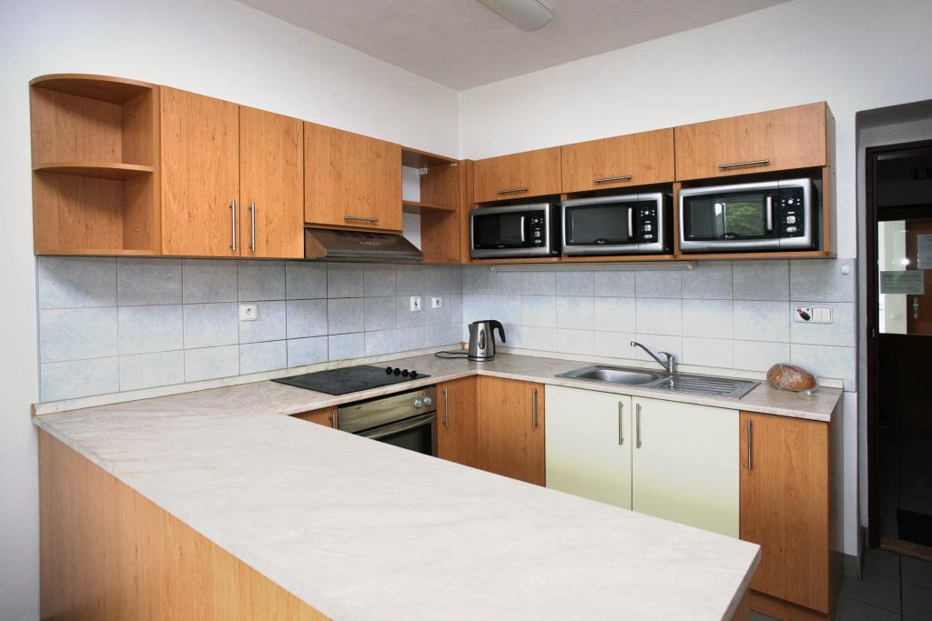 Kuchyňka v Hotelové ubytovně ŽĎAS, foto ŽĎAS