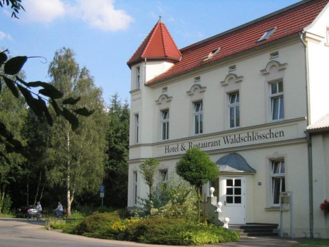 Rodinný Hotel Waldschlösschen Kyritz se nachází v městečku Kyritz
