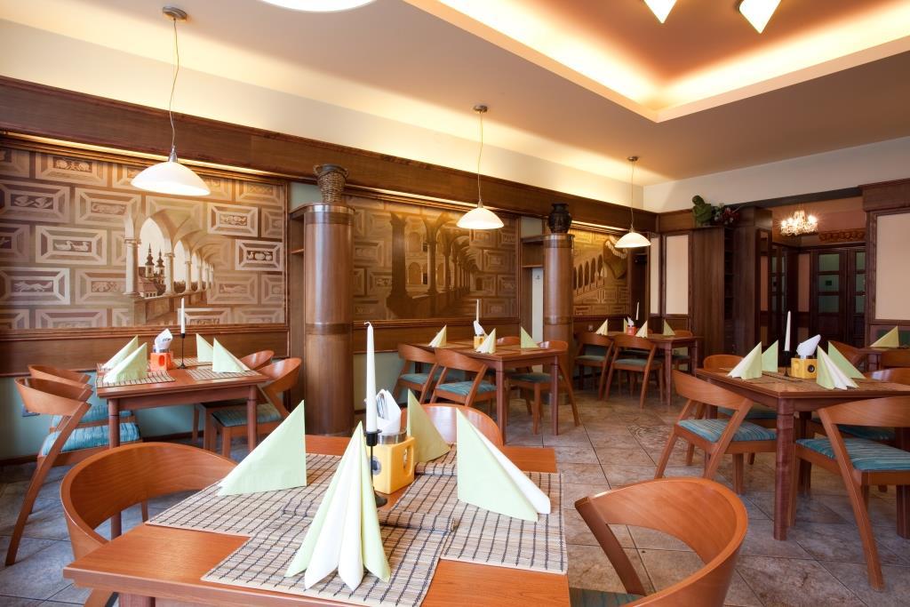 Restaurace v Hotelu Zlatá Hvězda Litomyšl, foto Hotel Zlatá Hvězda Litomyšl