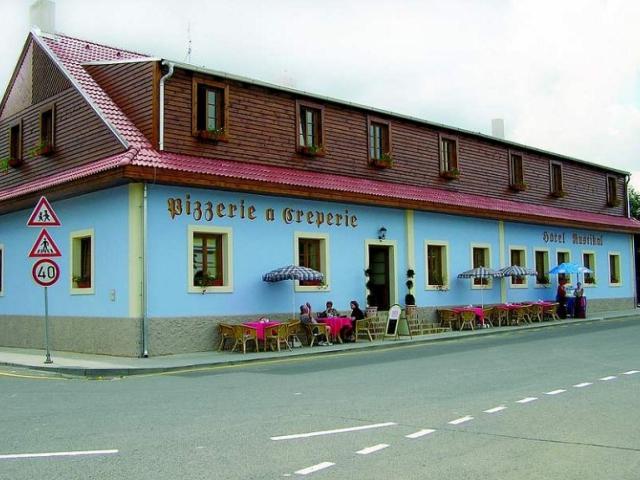 Hotel Rustikal, foto Zámecký resort Dětenice