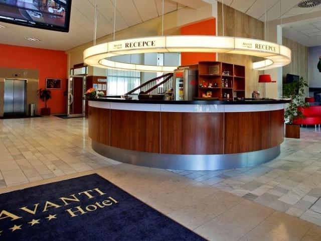 Čtyřhvězdičkový Hotel AVANTI v Brně nabízí komfortní ubytování až pro 250 hostů. Hotel disponuje devadesáti osmi dvoulůžkovými pokoji a osmi apartmány