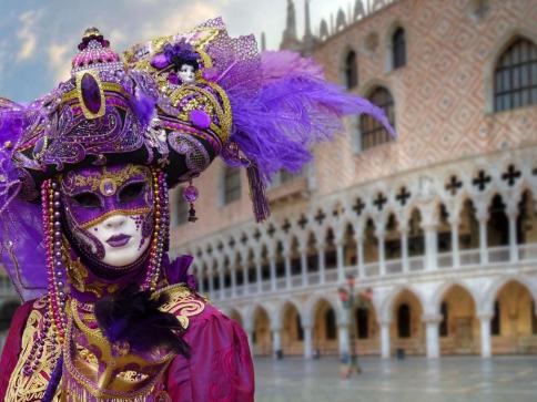 Letošní karneval v Benátkách pod důraznější kontrolou. Foto pixabay.com