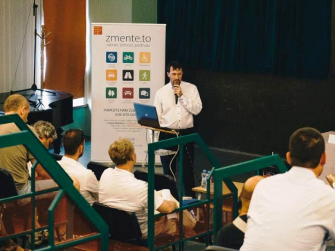 O dostavbě Pražského okruhu diskutovali v Újezdu nad Lesy, foto MHMP
