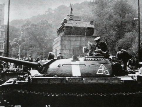 VHÚ vydává knihu s novými poznatky o okupaci 1968 a jejích obětech. Foto: VHÚ