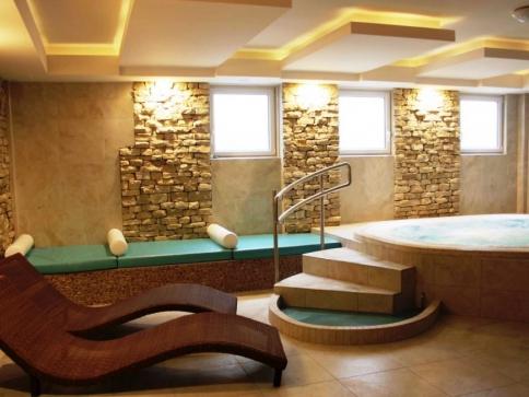 V lázeňském hotelu Thermal je pro hosty připraveno moderní wellness centrum