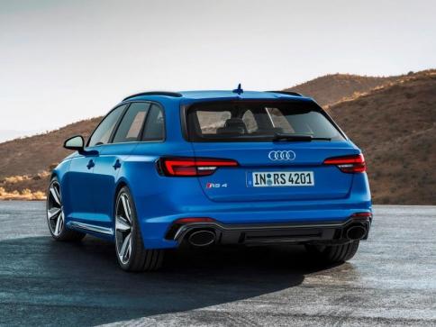 Nový design modelu Audi RS 4 Avant, foto Audi Sport GmbH