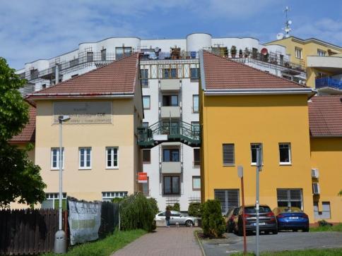 Česká spořitelna nabízí jako první hypotéky s fixací na 15 let. Foto Praha Press