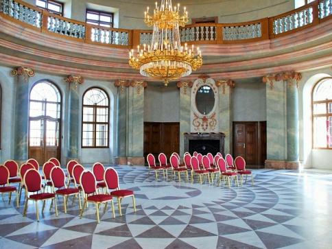 Prožijte tradiční přípravy na Vánoce na zámku Karlova Koruna