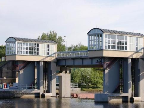 Zvýšení parametrů Vltavské vodní cesty do Prahy bude spolufinancovat EU, ilustrační foto: Praha Press.