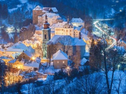 Na hradech a zámcích se můžete rozloučit s letošním rokem a přivítat ten nový, foto: NPÚ
