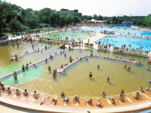 Celoroční Hajdúszoboszló a jeho zážitkové koupele Aqua Palace