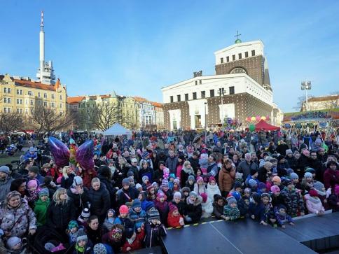 Žižkovský masopust nabídne zabijačkové hody a rej masek, foto ÚMČ Praha 3