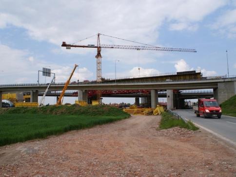 Vláda podpořila novelu urychlující výstavbu, návrh nyní posoudí poslanci. Foto Praha Press