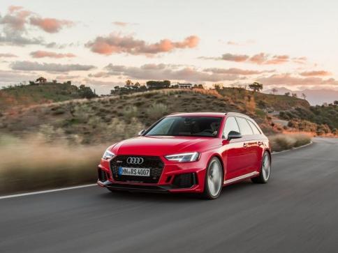 Nové Audi RS 4 Avant přichází na český trh, foto AUDI AG