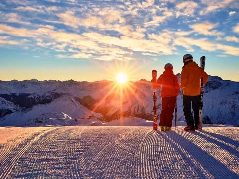Přivítá vás slunečné lyžování v Ischglu a velkolepé koncerty, Foto ©TVB Paznaun-Ischgl