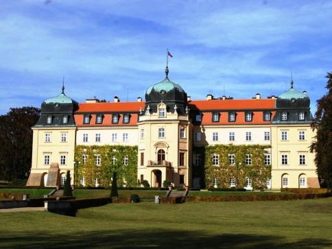 Reprezentační prostory zámku Lány budou přístupné, foto: Obecní úřad Lány