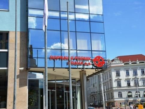 Bob a Bobek vyzývají ke slušnosti a bezpečnosti v MHD, foto: Praha Press