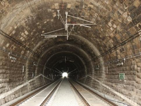 Ilustrační foto: Střelenský tunel po rekonstrukci: SŽDC: Ondřej Gazárek