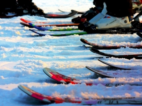 Svižný pohyb na Šumavském skimaratonu