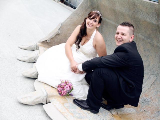Do manželství mladí lidé nepospíchají, foto Michaela Kašparová