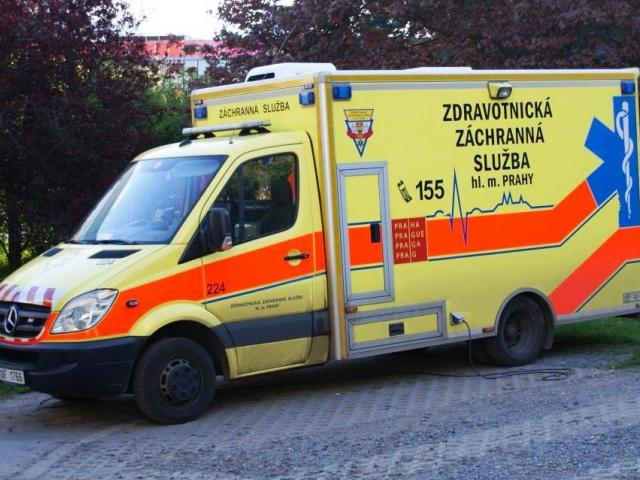 Přímo řízené nemocnice nesmějí odmítnout pacienta záchranky, foto Praha Press