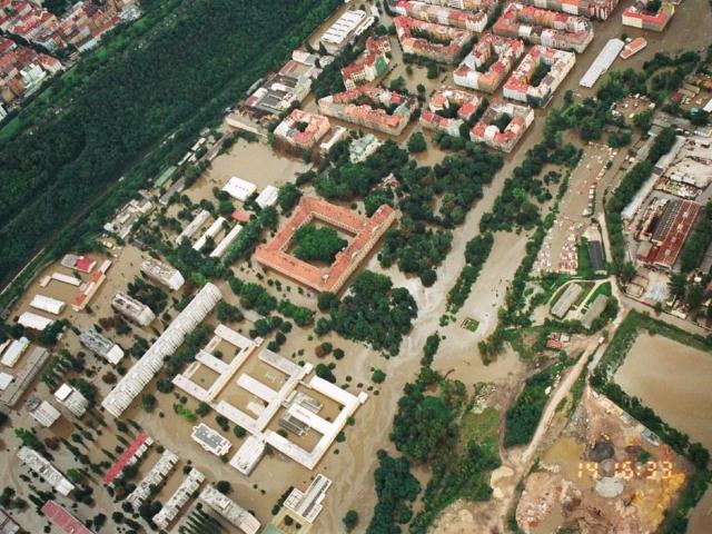 Karlín a Invalidovna 14. 8. 2002, foto M. Raudenská, I. Dorazil
