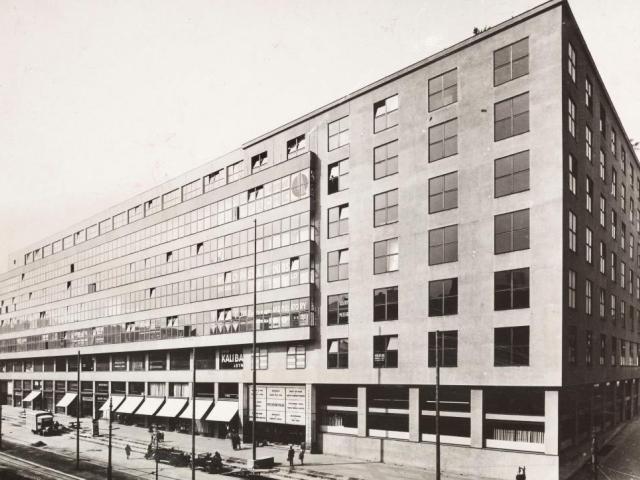 Veletržní palác během 30.let, výstava Příběh Veletržního paláce, foto NG Praha