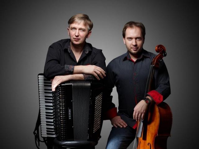 Koncert VIVAT TANGO v Praze v podání Ladislav Horák akordeon, bandoneon, a Petr Nouzovský violoncello