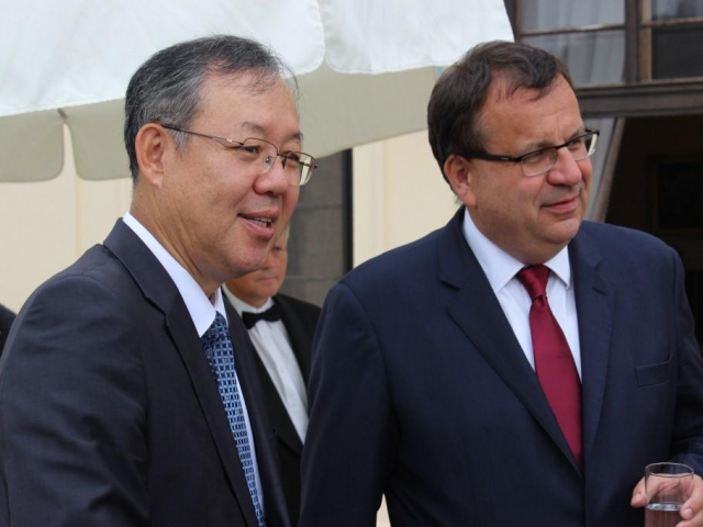 Česká republika podepsala smlouvu s korejským investorem Hyundai Mobis, foto Ministerstvo průmyslu a obchodu