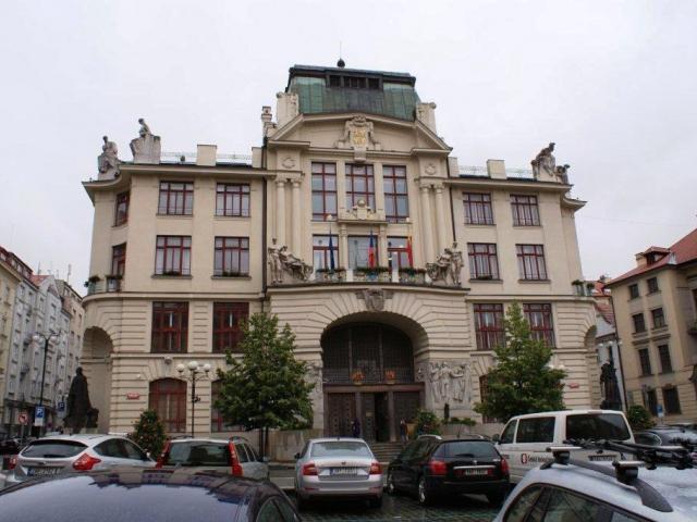 Praha a společnost eMoneyServices podepsaly memorandum o Opencard, foto Praha Press