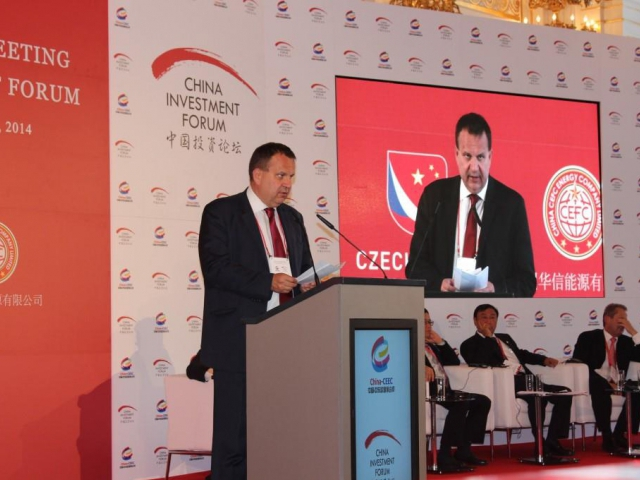 Ministr Mládek jednal s náměstkem ministra obchodu ČLR Zhong Shanem o další hospodářské a obchodní spolupráci, foto MPO