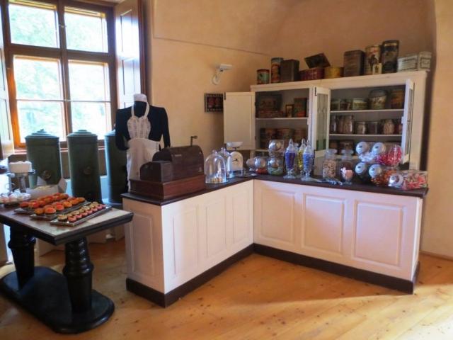Výstava, která připomíná historii a výrobu čokolády, nugátu, marcipánu a zmrzliny, foto Muzeum hlavního města Prahy